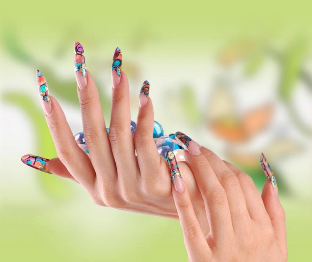 идеи прозрачного маникюра на длинные ногти фото